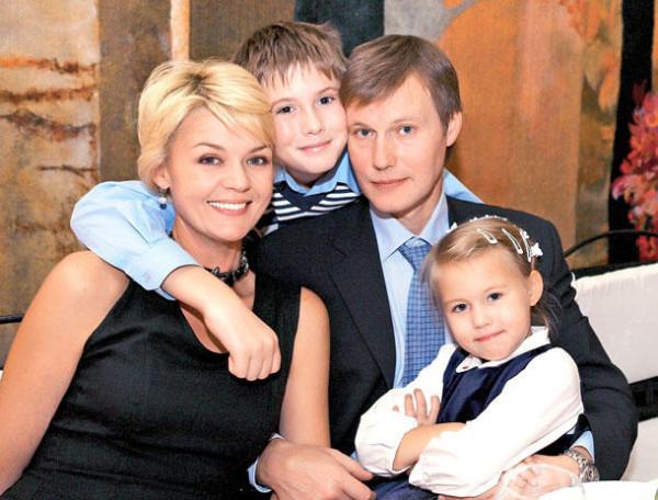 юлия меньшова муж Игорь Гордин