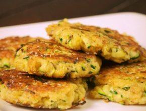 Оладьи из кабачков: лучшие рецепты. Как быстро и вкусно приготовить оладьи из кабачков.