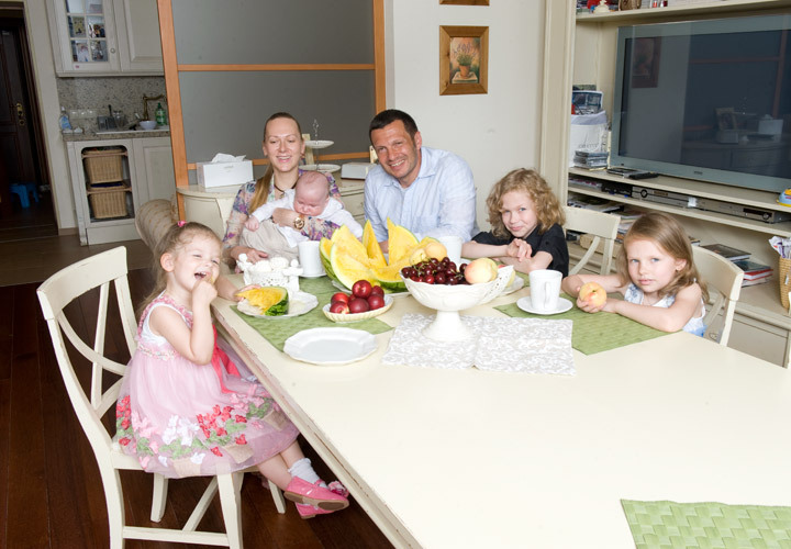 Фото семьи владимир соловьев