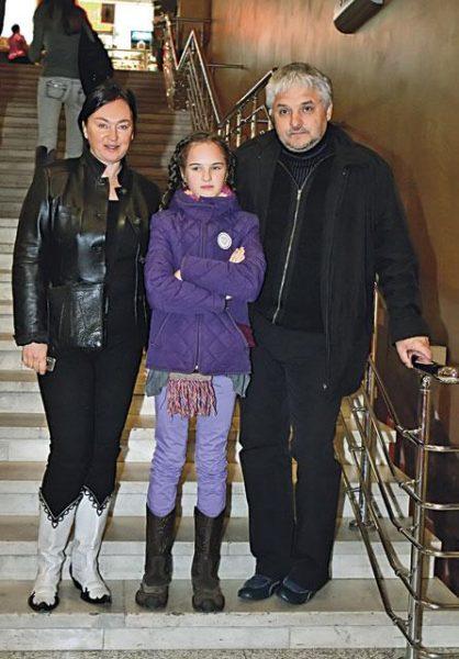 Игорь Бухаров и Лариса Гузеева с дочерью