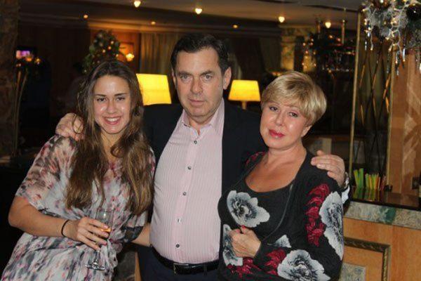 Любовь Успенская и Александр Плаксин с дочерью Татьяной