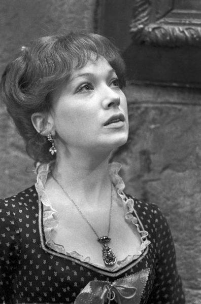 Елена Коренева в молодости