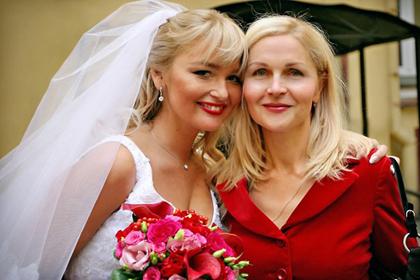 Анна Собянина с матерью