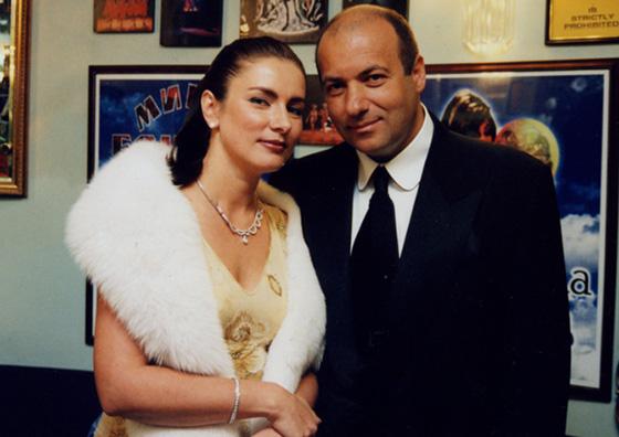 как познакомился игорь крутой с женой ольгой