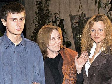 Маргарита Терехова с детьми