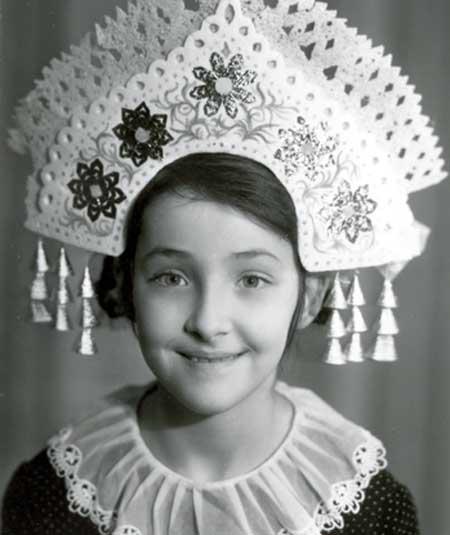 Лолита Милявская в детстве. Фото