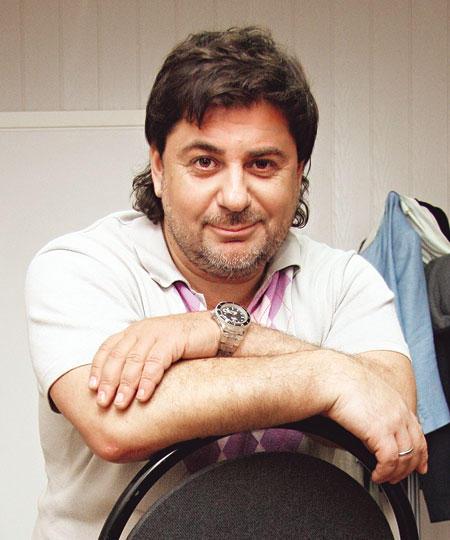 Александр Цекало. Биография певца и телеведущего, личная жизнь, карьера, фото