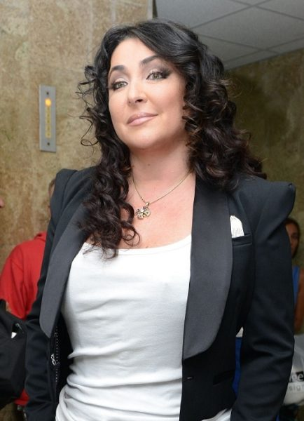 Фото певицы и телеведущей Лолиты Милявской