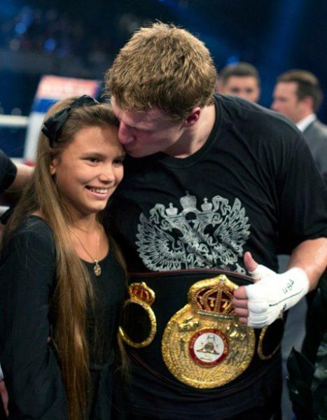 Александр Поветкин с дочерью Ариной