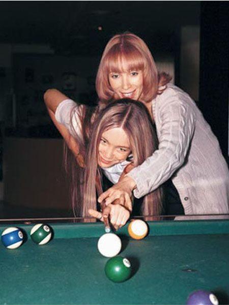 Марина Левтова с дочерью. Фото