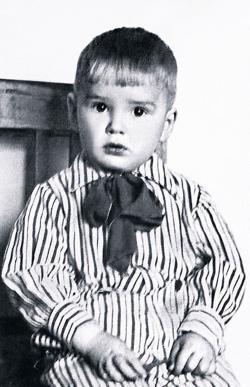 Александр Абдулов в детстве