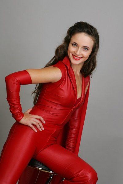 Анна Снаткина. Биография актрисы. Личная жизнь, карьера, фото