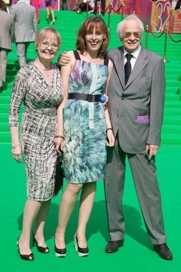 Наталья Белохвостикова и Владимир Наумов с дочерью