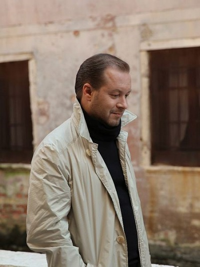 Виктор Петлюра. Фото певца