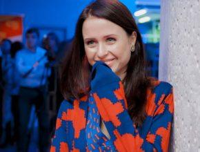 Мирослава Карпович призвала поклонников стать волонтерами