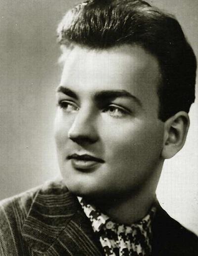Михаил Державин в молодости
