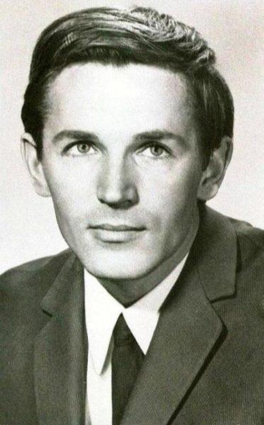Станислав Любшин в молодости