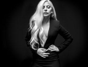 Lady Gaga: Perfect Illusion — перевод и текст песни
