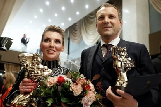 Евгений Попов и Ольга Скабеева
